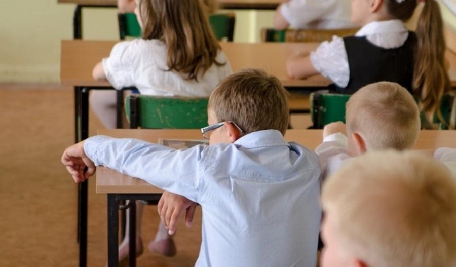 Данас почиње летњи распуст у основним школама, матурски испити следеће недеље